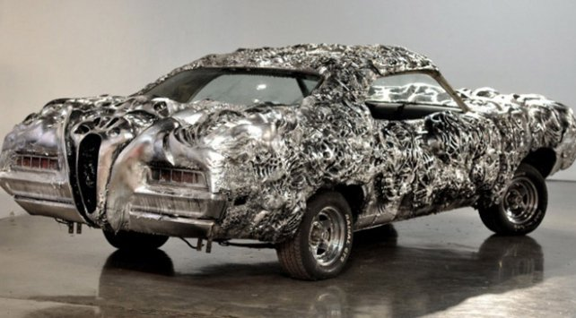 3D yazıcı ile üretilen ilk otomobil açık arttırmayla satıldı https://t...