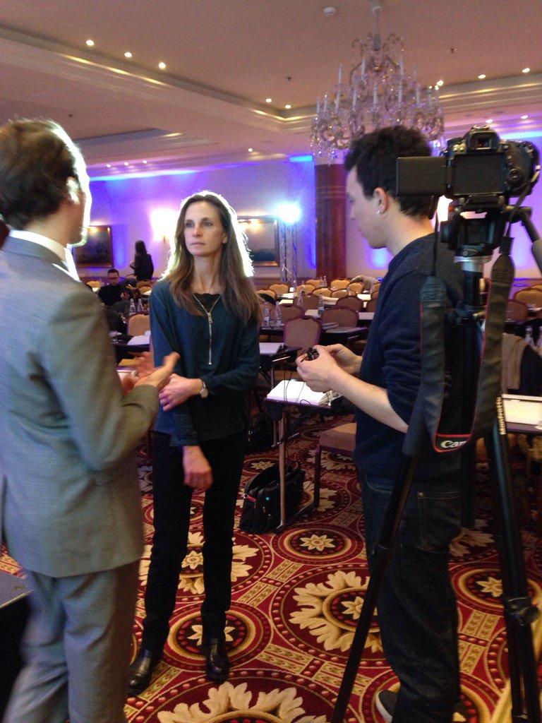 Interview d'une participante pendant la pause. La vidéo bientôt en ligne... #EFEPanoramaFiscal https://t.co/Cn2Q8pSr4z