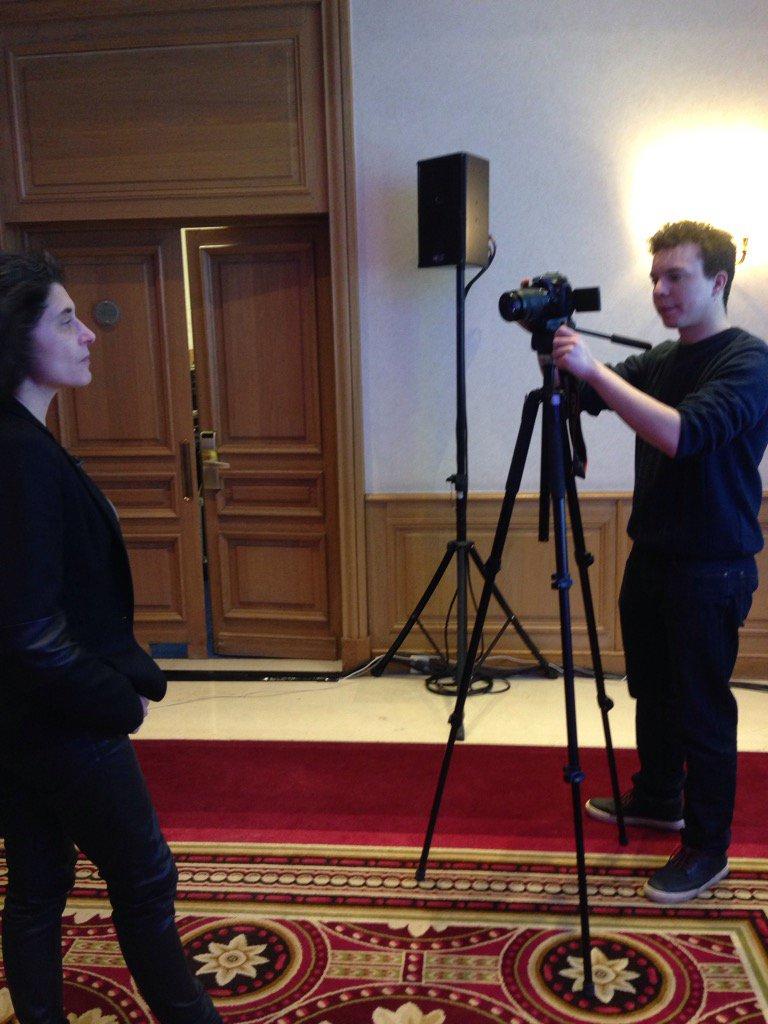 """Les interviews continuent... """"Pourquoi êtes-vous fidèle au panorama fiscal depuis tant d'années?"""" #EFEPanoramaFiscal https://t.co/MrDFl4aA9F"""
