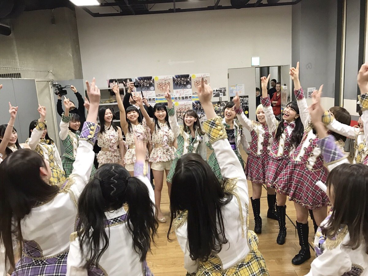 チームMアイドルの夜明け公演初日!! 本当に本当にありがとうございました😭💕 書きたい事が多すぎて.…