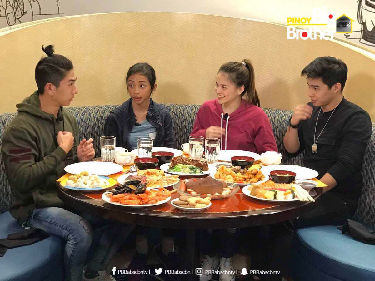 Thank you, Lord for the food! -Maymay, Elisse, Nikko and Mccoy #PBBTha...