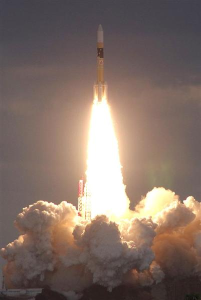 「パーフェクトな打ち上げだった」「大容量の画像や映像の伝送が可能になる」 防衛通信衛星打ち上げ成功 …
