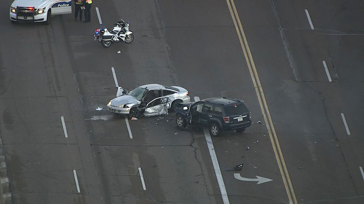 ABC15 Arizona On Twitter JUST IN Phoenix Police Say 19th Avenue Union Hills Crash Has Turned Deadly Abc15