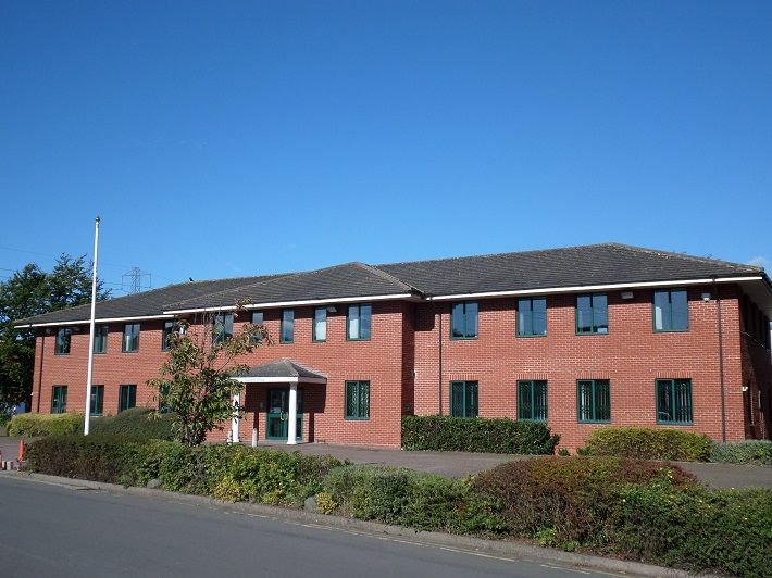 #ToLet or #ForSale Saxon View #Bromsgrove Modern 2 Storey #Office Building- 26 #CarParking Spaces #ComercialProperty  http:// buff.ly/2jXsIUn  &nbsp;  <br>http://pic.twitter.com/FrRvb8fX3a