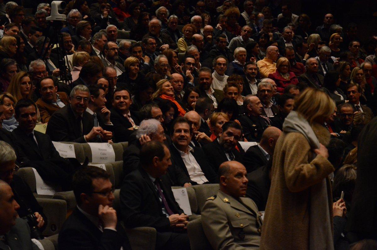 @Montpellier3m @CCIHerault @ADeljarry les forces vives de #Montpellier #voeux2017 <br>http://pic.twitter.com/MFsXuyDVaj