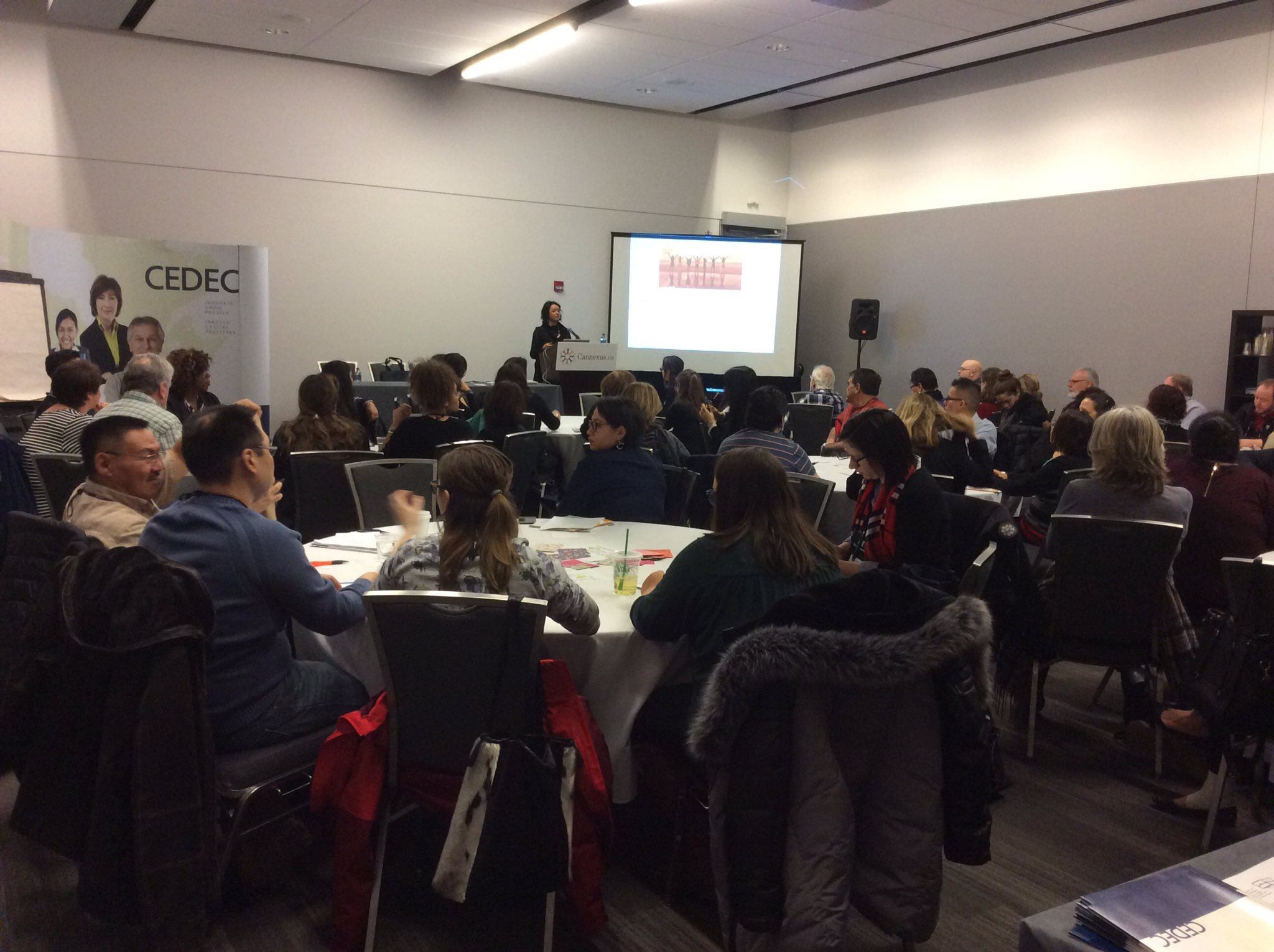 #Cannexus17 day 2 starting off  w/ @maher_trina looking at buidling bridges w/ indigenous talent #fullhouse #diversityengagement @CEDEC_QC https://t.co/wt6HkI6Frq