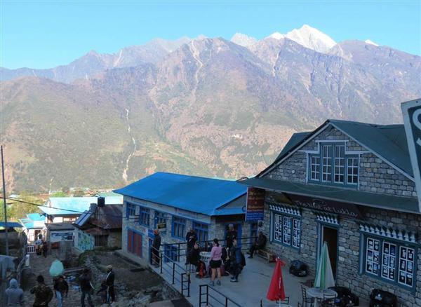 大地震でエベレストの標高が低くなった? インド測量局が再調査へ sankei.com/world/n…