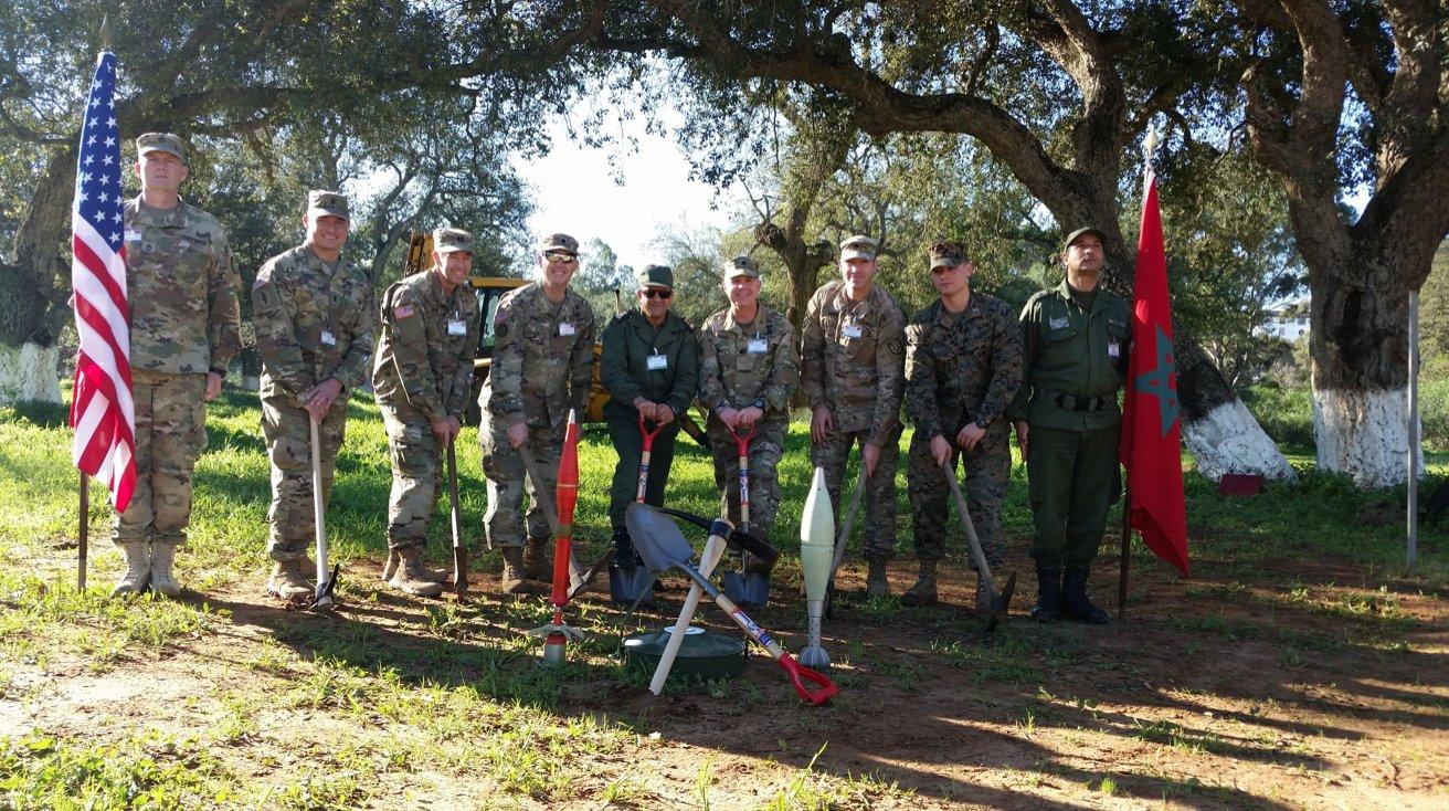 Cooperation militaire avec les USA - Page 5 C296VYZWIAADR23