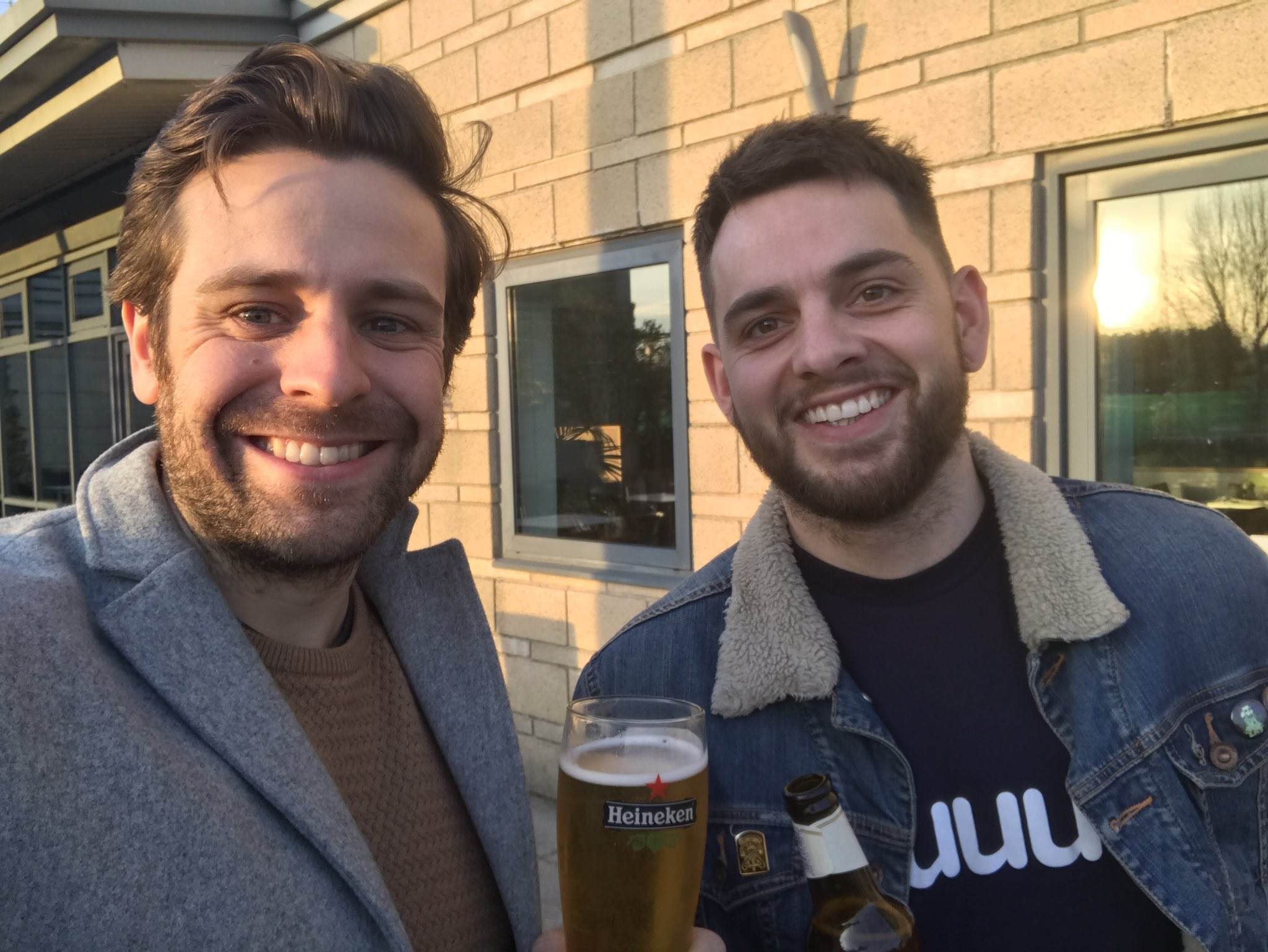 @quuu_co #qchat me and @samcambridge are in Bristol. We've paused our meeting to join in https://t.co/uH33aLeqZG