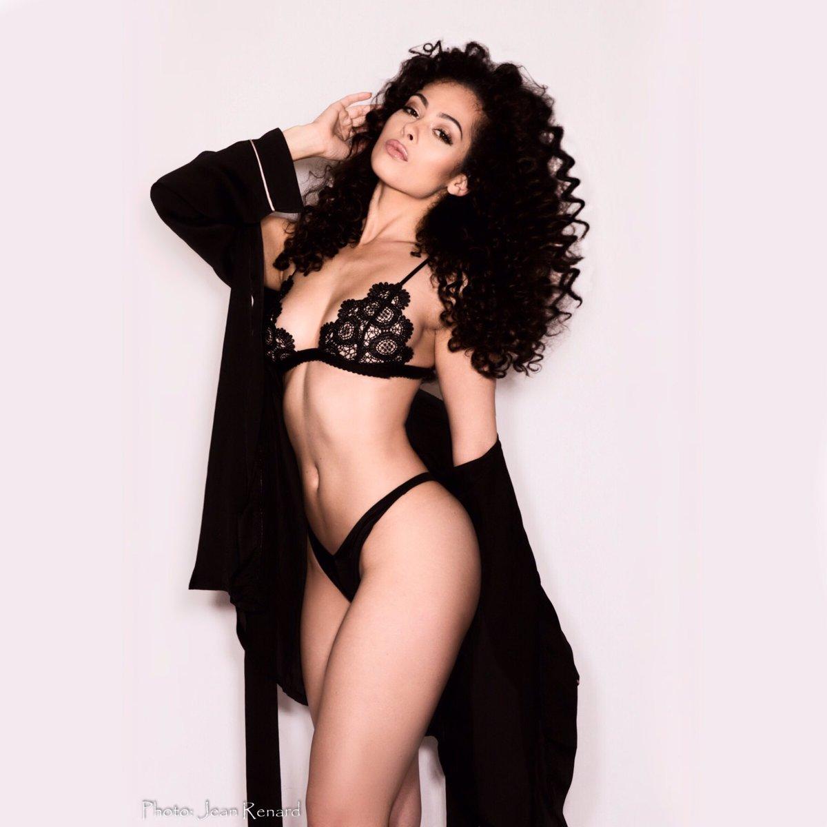 butt Celebrity Laura Ponticorvo naked photo 2017