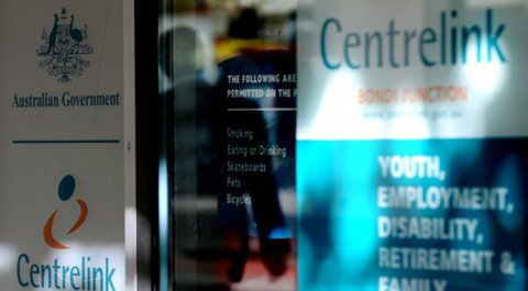 Centrelink staff, union demand action on debt notices https://t.co/aoVhvw1sNS #auspol https://t.co/ImTu8pPJVs