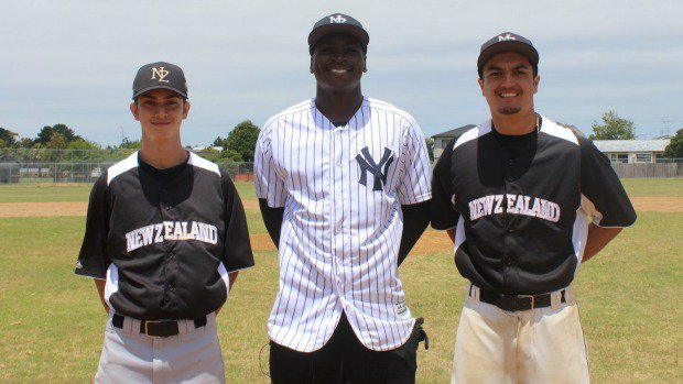 New York Yankees' Didi Gregorius coaches Central United baseball youngesters https://t.co/a9AwQUHGgC https://t.co/DSjXSMpJC1