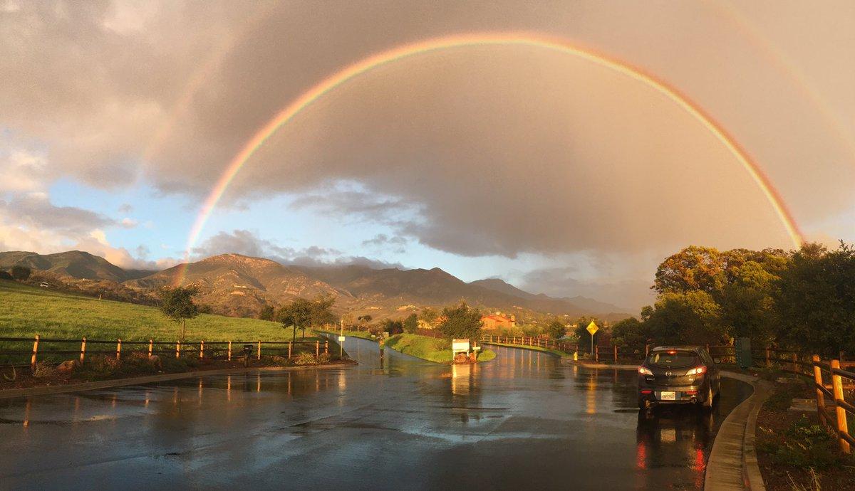 @GarofaloWX a beautiful rainbow to end the day! https://t.co/6XiCqQZ6Dn