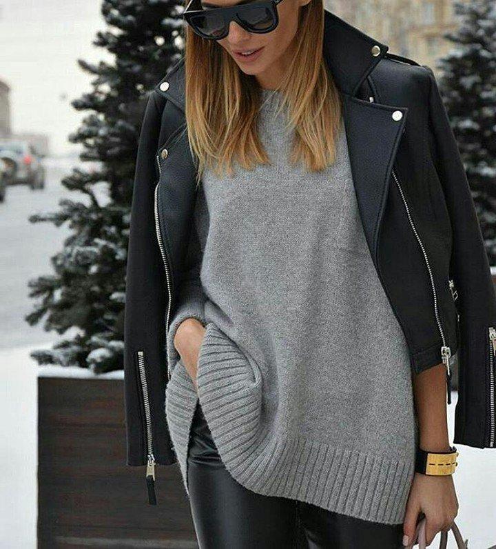 Gris &amp; noir, mais rien d&#39;ennuyant ♡♡ #lookdujour #ldj #cozy #pull #leatherjacket #black #g…  http:// ift.tt/2j7u8ss  &nbsp;  <br>http://pic.twitter.com/LbcaHkL9yt