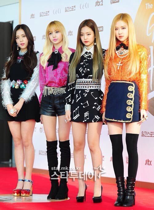Blackpink At Golden Disk Awards Red Carpet Celebrity