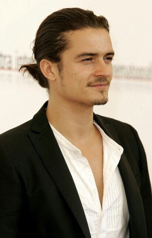 Happy birthday Orlando Bloom, thanks for Legolas or William Turner