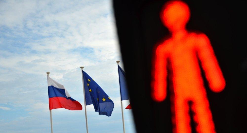 #Ottawa a refusé la #proposition de #Moscou de lever les #sanctions #antirusses #Russie #socialmedia #hrw #Canada   http:// fr.azvision.az/Ottawa-a-refus %C3%A9-la--32658-xeber.html#.WHh9bef9lvE.twitter &nbsp; … <br>http://pic.twitter.com/yTEyEWwfNY