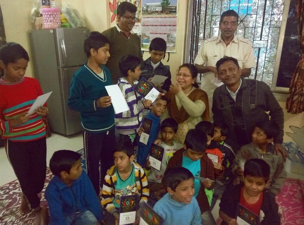 We visited &#39;BeKind Boys&#39; of @HopeFoundation yesterday. We wished a very #HappyNew Year to  to all residents &amp; distributed blankets to all! <br>http://pic.twitter.com/ojgD3lk0RI