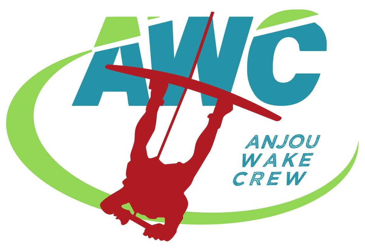 HEY #ladalleangevine @LaDalleAngevOFF un #nouveau #club sur #angers avec #AWC #WAKEBOARD #wakeboarding #FFSNW<br>http://pic.twitter.com/AlzdT0dGWH
