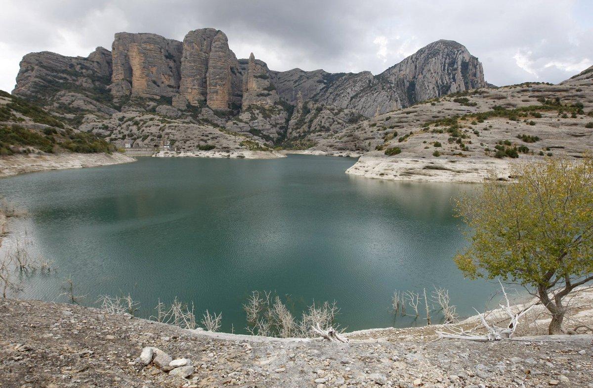 El 40 % de las cuencas hidrográficas del mundo muestran degradaciones https://t.co/QSZao07tA4 https://t.co/xtzKCWlyUO