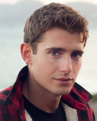 Happy birthday to julian morris!!