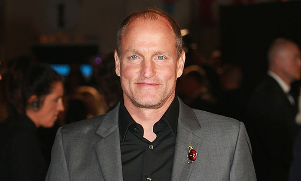(Radio Times):#Woody #Harrelson just revealed who he&#39;s playing in the Star Wars Han Solo..  http://www. newsoneplace.com/article/717113 1612/woody-harrelson-star-wars-han-solo-revealed-playing &nbsp; … <br>http://pic.twitter.com/qq7ysH5XvO