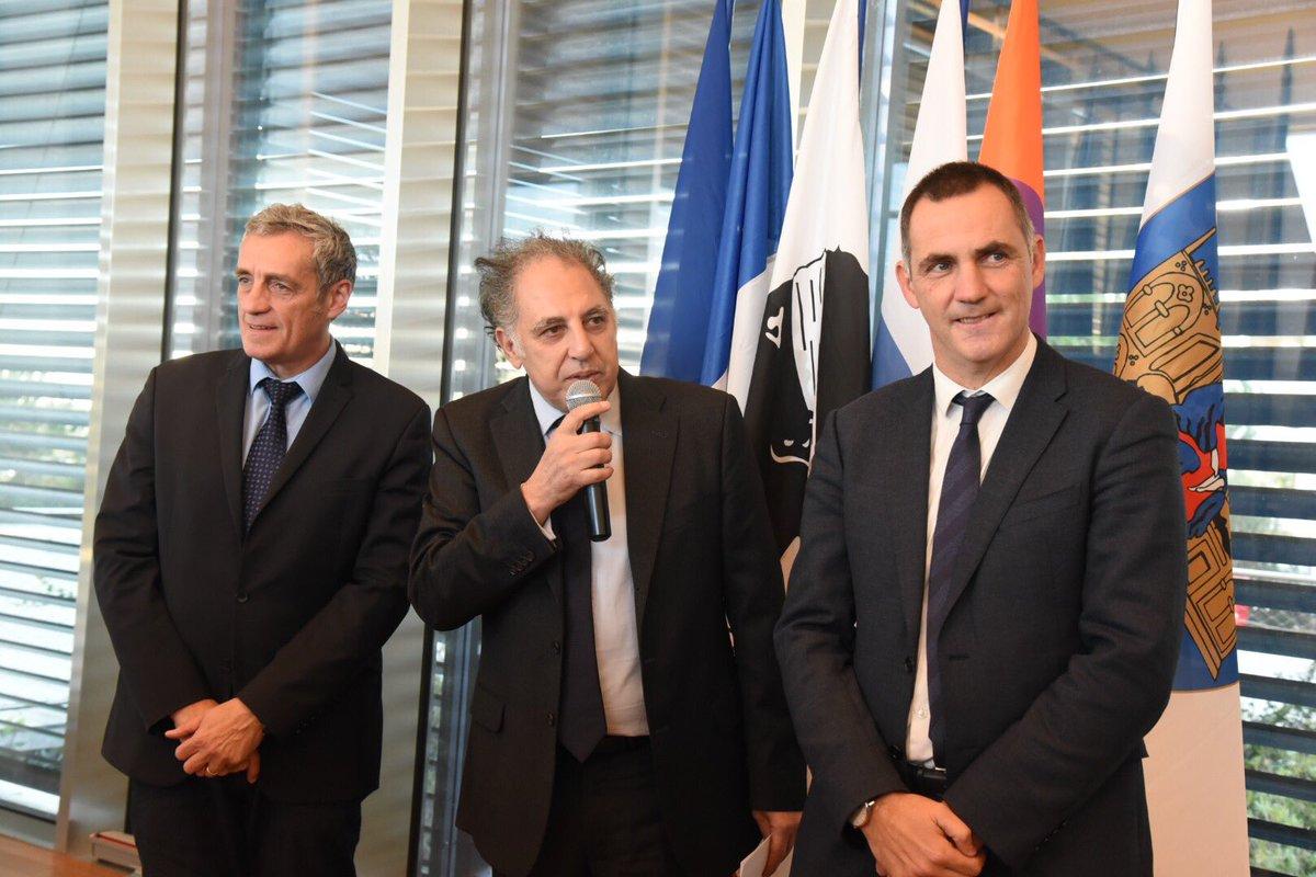 Le président de l assemblée corse Gilles simeoni reçu par @saurel2014 en mairie #Montpellier #midilibre <br>http://pic.twitter.com/5lo0omXU3x