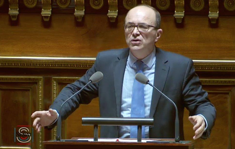 Intervention d&#39;@AndreGattolin lors du débat sur le fonctionnement de la #ZoneEuro :  http:// bit.ly/2iPOzsR  &nbsp;  <br>http://pic.twitter.com/eENF7k6oHG