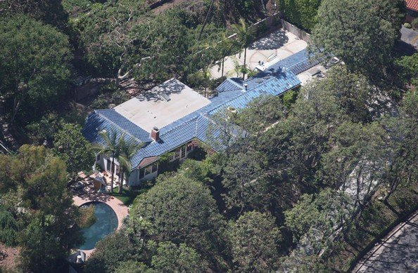 Happy Birthday Orlando Bloom -  His property rents for a reportedly $18,000 pcm