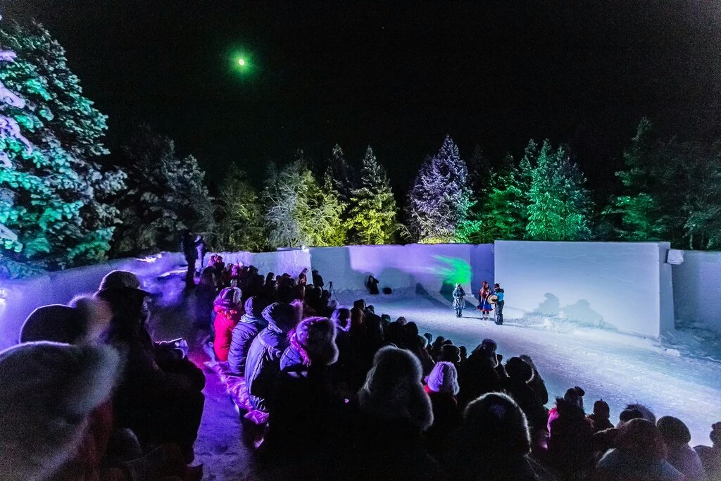 Only #FilmFestival in the world, where you watch #movies &amp; #NorthernLights same time. #Lapland #Suomi @skabmagovat<br>http://pic.twitter.com/1Qp6Bn08sd
