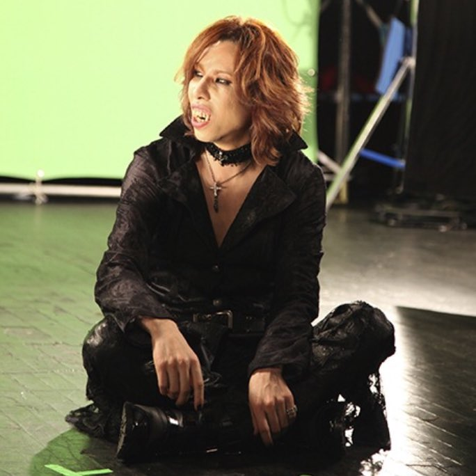 1/13 up date. Friday the 13th!  #WeAreX   #TeamYoshiki  http:// sot.ag/5Pp4F  &nbsp;  <br>http://pic.twitter.com/3CJ0l9Xy64