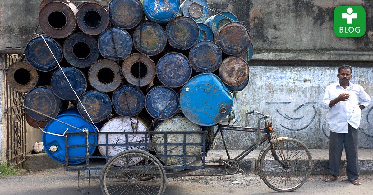 """""""Der Verkehr gefällt mir hier!"""" - Erste Eindrücke aus #Kalkutta von @germandoctors-Arzt Hartmut Göpfert: https://t.co/FkCsRjzPS3 https://t.co/QsJSMVvzle"""