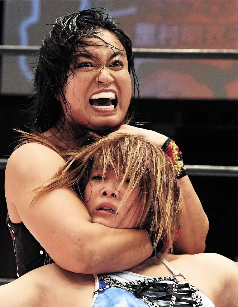 Female Sleeper Wrestling