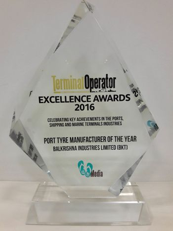 RT @Tire_Review: .@BKTtires named Port Tyre Manufacturer of the Year at @TerminalOp https://t.co/oB1MTLMjy1 https://t.co/Y9oy0p07Uh