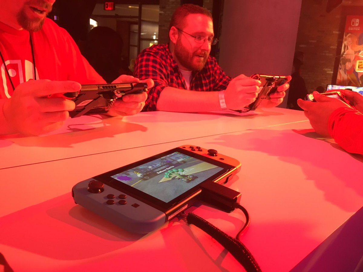 Splatoon , Arms and Mario Kart 8 all feel great on Switch too. Portable gaming will be huge for this system https://t.co/ICAprYGpGK