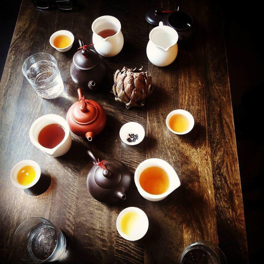 Tea is meant to be shared ❤ https://t.co/brofjIjodp https://t.co/z1GyaVQnAd
