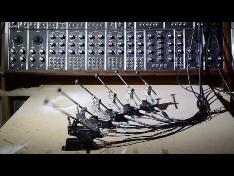 Solenoid percussion controlled by modular synth https://t.co/ZNpQx2S719 https://t.co/rUe5fAtRsT