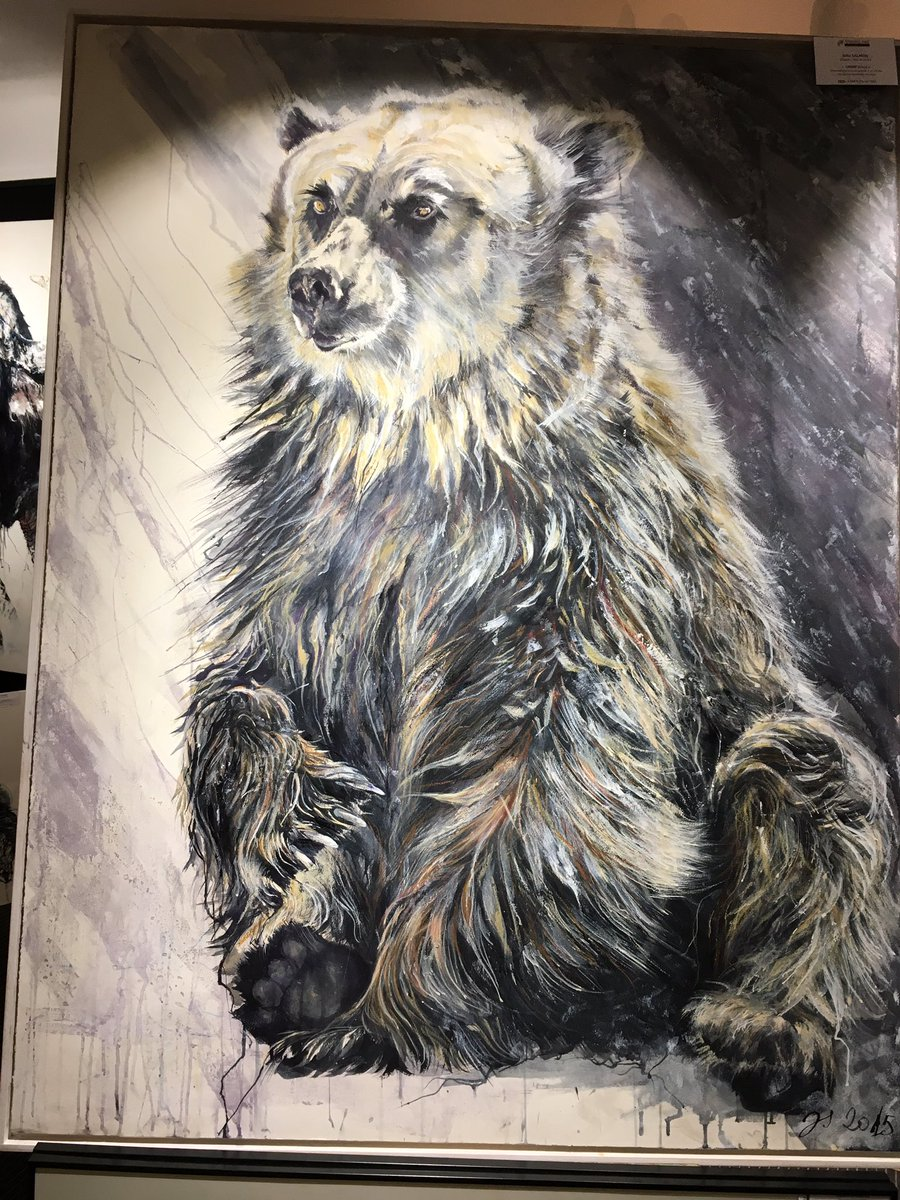 Et pour ceux qui préfèrent les ours, #ours # Bear #animalartgallery voici &quot;Chère Julia&quot; de Julie SALMON. Encaustique. 108 x 141cm<br>http://pic.twitter.com/fSgIa0FB35