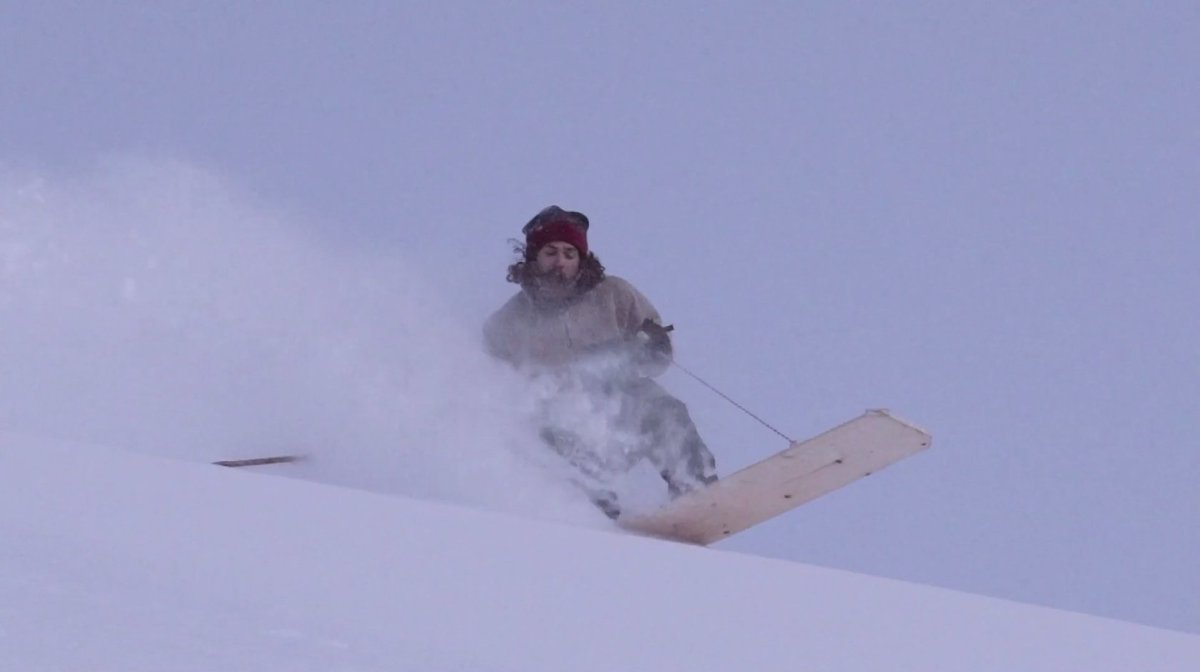 Warning: this film will make you want to try snowboarding without bindings scotsman.com/lifestyle/outd…