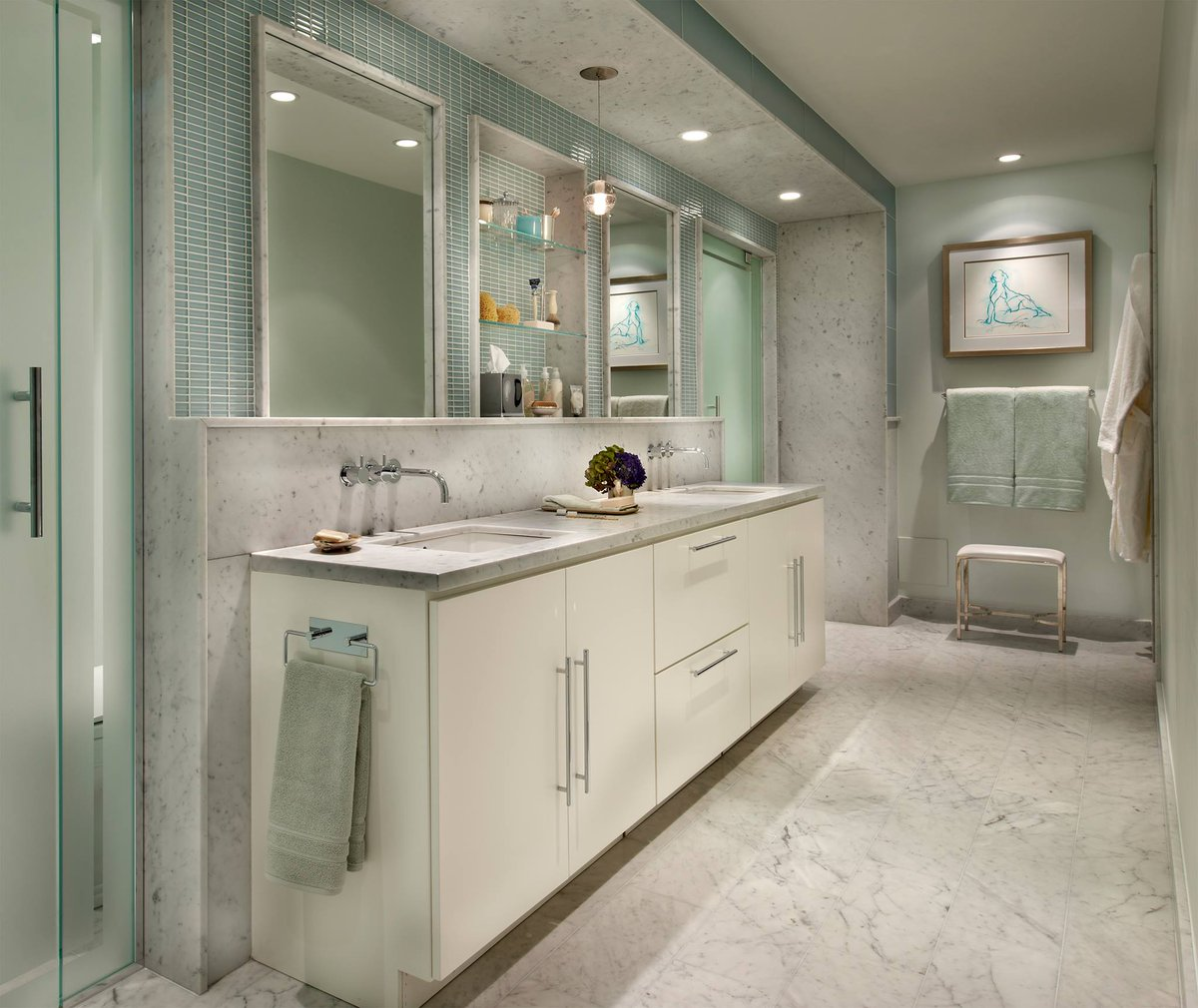 Artistic Tile On Twitter This Airy Chicago Bath Pairs Sage Green Accents W Timeless Italian Biancocarrara Marble Design Frank Ponterio Artistic Tile Chicago Https T Co 3sgwzq8pan