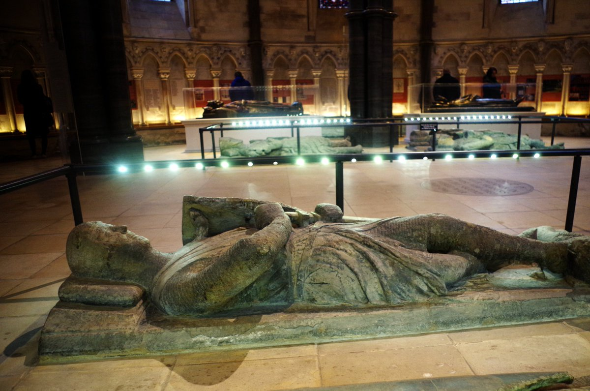 The tomb of William Marshal's eldest son, also called William, at the Temple Church, London. Mid 13thc https://t.co/0jPVzTuriF