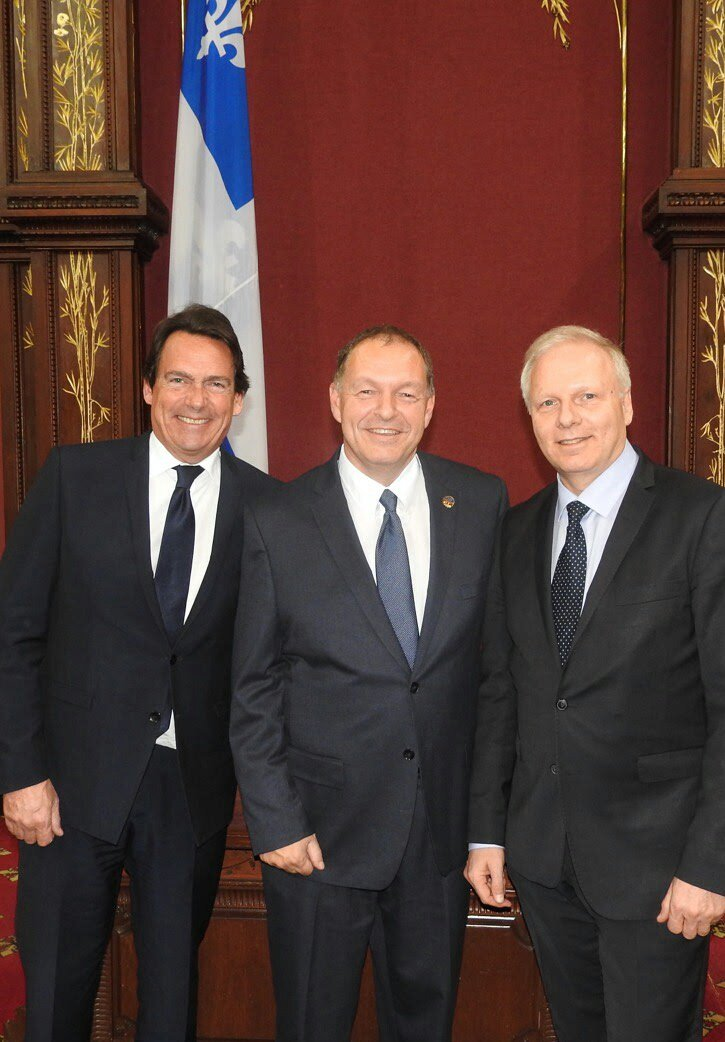 Heureux d&#39;avoir assisté à l&#39;assermentation du nouveau député de Saint-Jérôme Marc Bourcier en compagnie de notre chef @JFLisee #PQ #Assnat <br>http://pic.twitter.com/dtI04p5sql