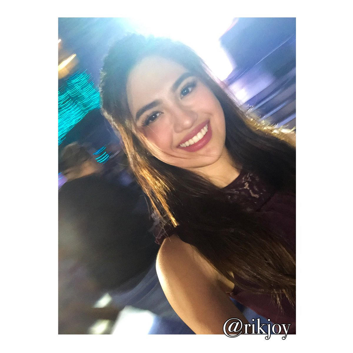 @MyJaps' selfie during the mallshow. https://t.co/88vmQHKOu9