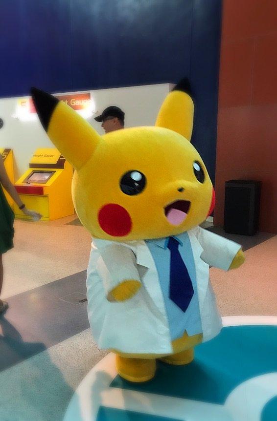 Im at Pokémon labo!シンガポールのポケモン研究所なう! pic.twitter.com/uD4MYbPoal