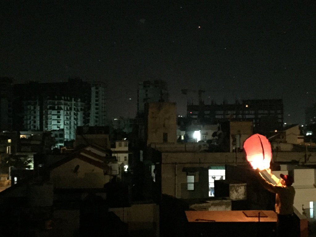Defying court ban Chinese lanterns appear in Gujarat skies again, reports of 3 deaths in kite related incidents