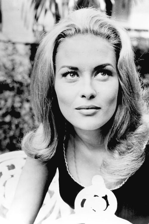 HAPPY BIRTHDAY   Faye Dunaway