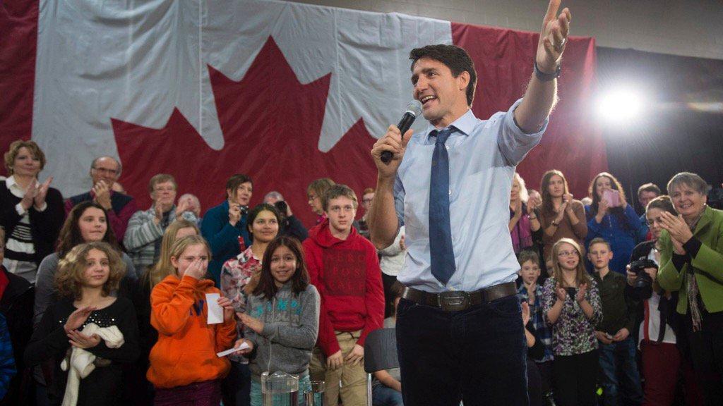 Justin Trudeau pour 1 élimination progressive des #sables bitumineux #environnement #divest   http:// ici.radio-canada.ca/nouvelle/10107 34/sables-bitumineux-trudeau-eliminer-progressivement-brian-jean &nbsp; … <br>http://pic.twitter.com/aVlYODm011