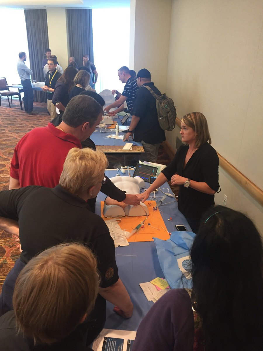 Dr.Moore &amp; Dr.DuBose teaching #REBOA at #BEST #EAST2017 #ERREBOA #Medicaldevice #Prytimemedical<br>http://pic.twitter.com/IxPT2N6Yq7