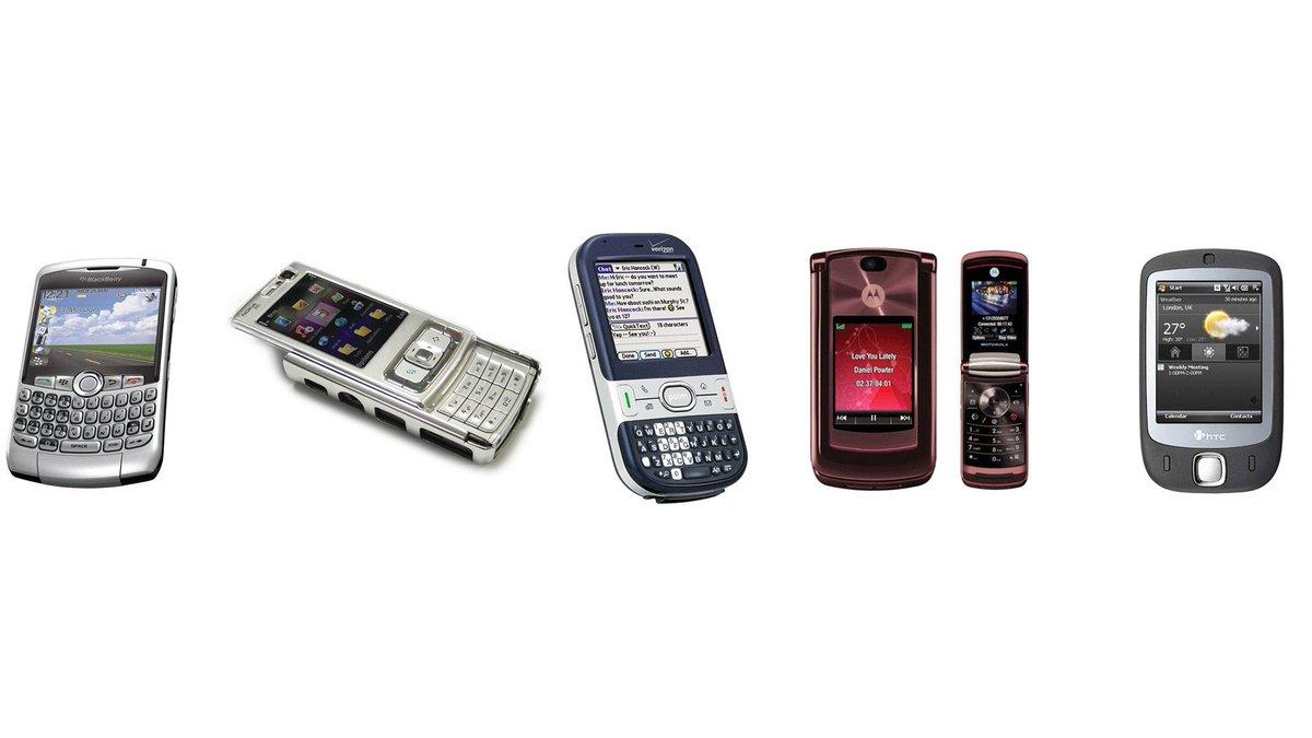 Les smartphones à l'annonce du premier iPhone, ça ressemblait à ça :) https://t.co/PX98R3YEI4