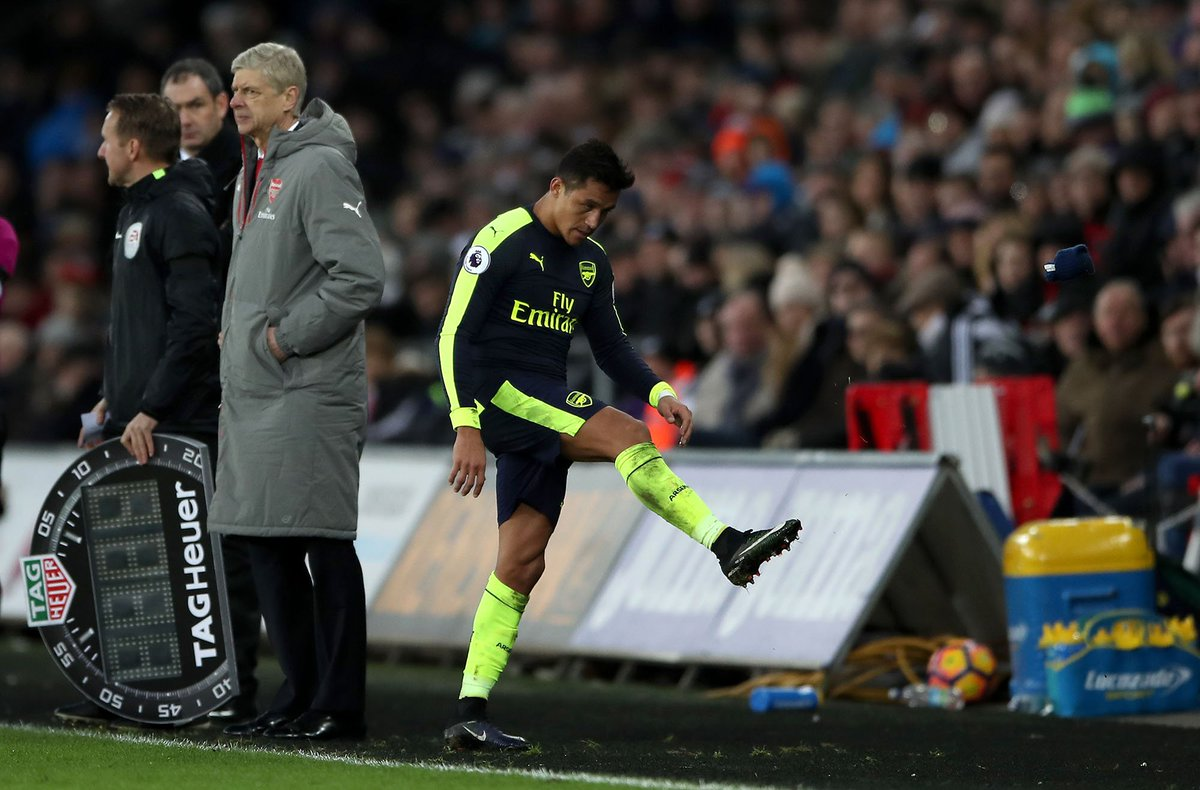 Update – Wenger on whether he will speak with Sanchez after angry incident